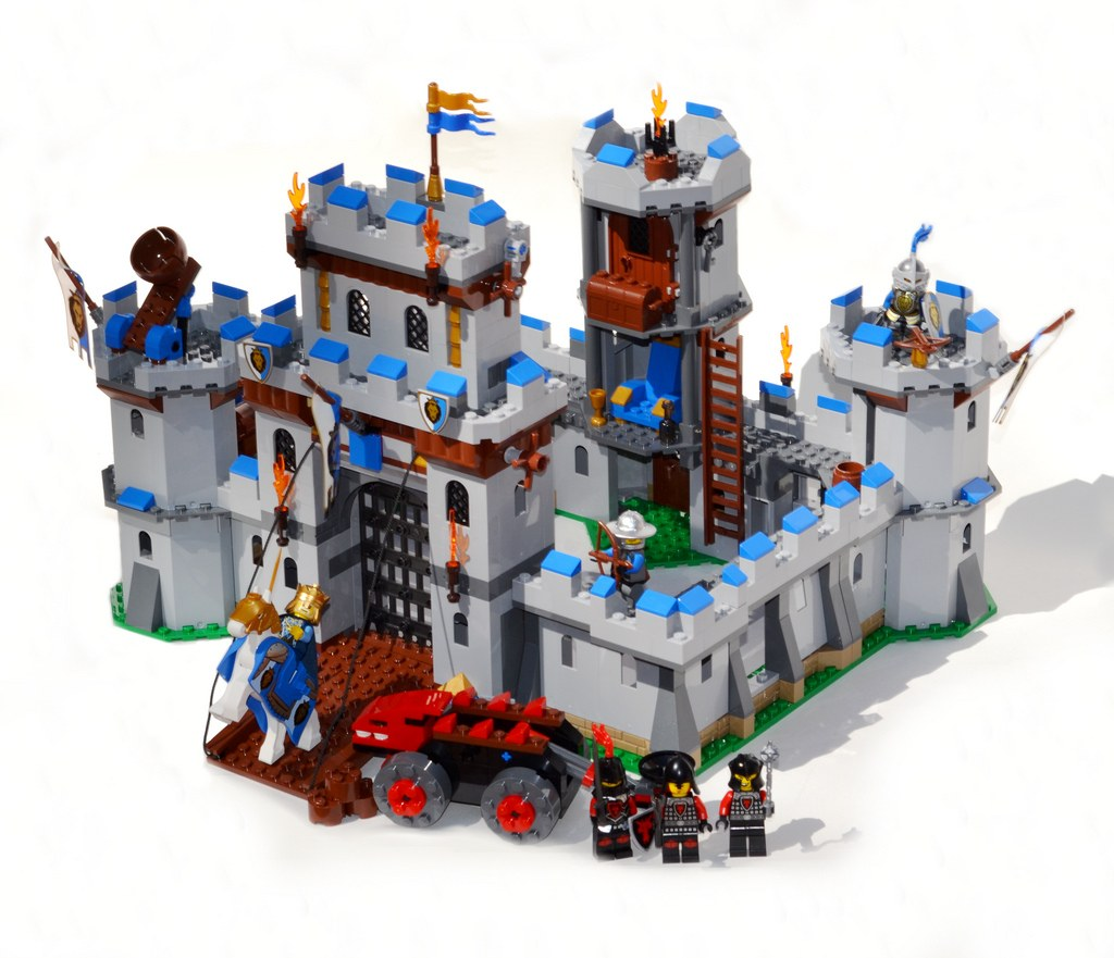 Best Lego Castles Ever Top Rated Sets Reviewed In 2017 Cool Gets